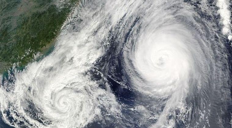 【巨大化】台風が年々強くなっていくらしいけど、来年から関東はどうするつもりなんだろうな?