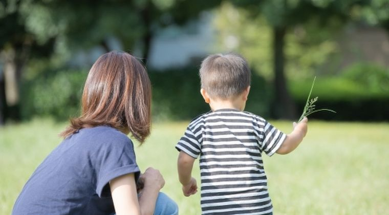 東日本震災後に生まれた東北の子供には「言葉や記憶力の発達に遅れ」があることが判明