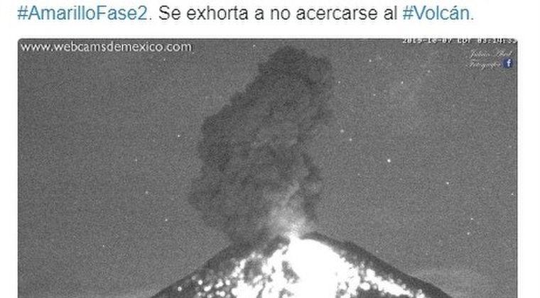 メキシコにある「ポポカテペトル火山」が一晩で14回も噴火してしまう!