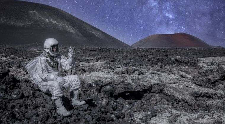 イギリス人宇宙飛行士「宇宙人は存在するよ。地球にも紛れ込んでる」と発言