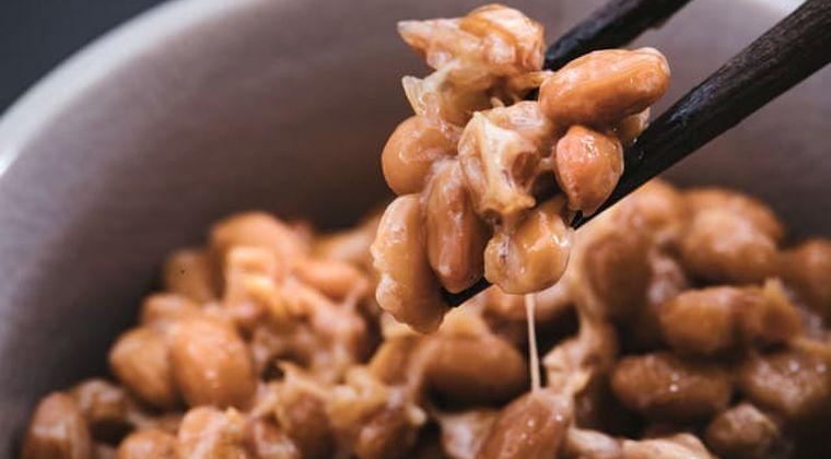 【納豆ご飯の正しい食べ方】炊きたてご飯の上に納豆はNG‼︎その理由とは⁈