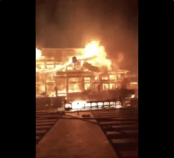【那覇・首里城火災】炎上の様子を間近で撮影した動画が拡散!まさか…