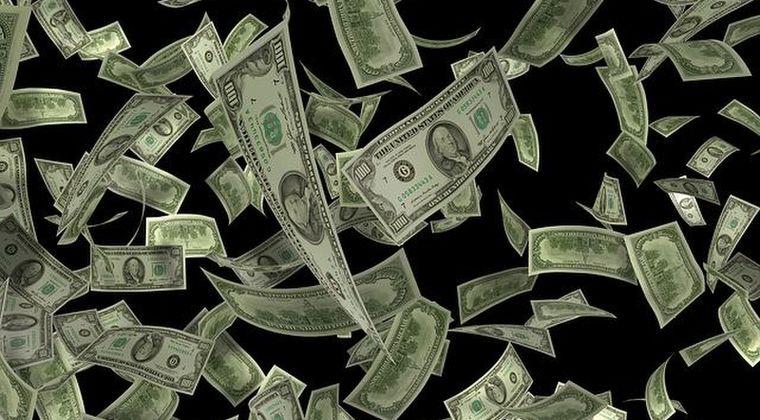 【貧富】アメリカの上級富裕層たち、コロナのおかげでかつてないほど「豊か」になってしまう