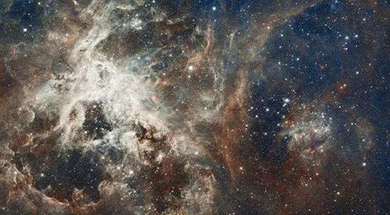 【異星人】宇宙空間で繰り返される「謎の高速電波バースト」…一定の157日周期で繰り返されていることが判明