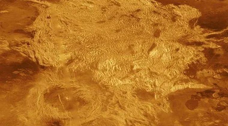 【宇宙】金星では今も「40近い数の火山」が活動状態にある…円形の地形コロナを調査