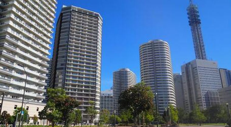 【都内】週末の大地震をきっかけに、高級タワーマンション入居者から住み替え相談が相次ぐ