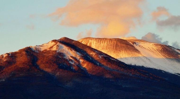 【前触れ】長野・群馬にある浅間山で小規模噴火の可能性…気象庁「大きな噴石や火砕流に警戒を」