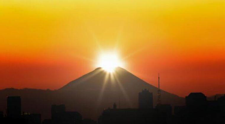 【マグマ】冬なのに富士山にほとんど「雪」が積もってない…地下で異変が起きてるのか?ネット上で噂に