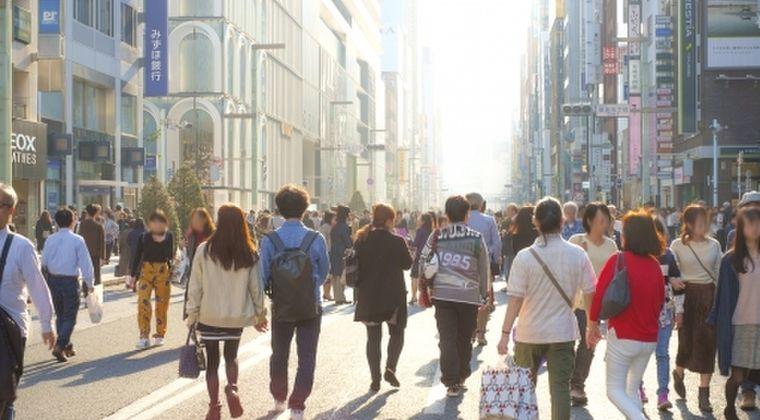 【東京】もう誰も自粛せず、銀座は人だらけで賑わう…人気の飲食店や和菓子店では店外まで行列