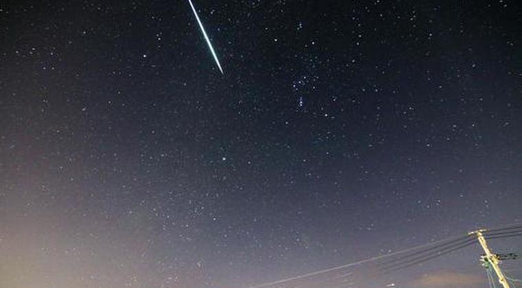 【隕石】東京上空周辺で緑色に明るく光る「火球」が目撃されていた模様