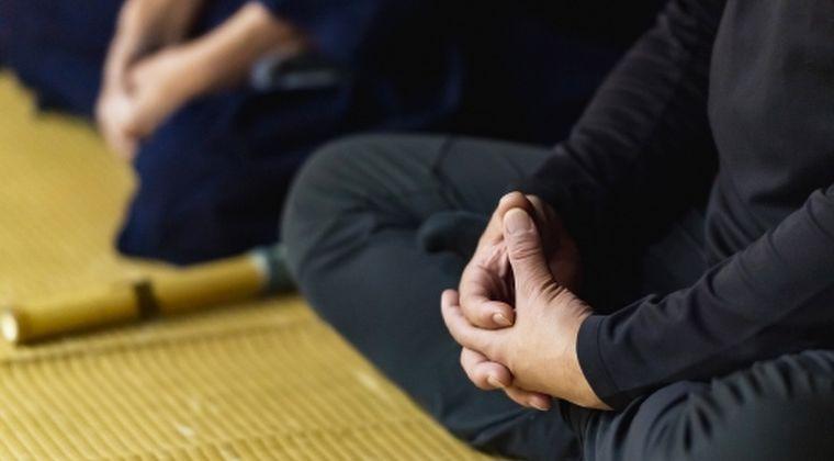 【精神統一】ビル・ゲイツにジョブズなどの天才たちが取り組んでいた「瞑想」…しかし、それによって生じるデメリット「魔境」についての調査が開始される