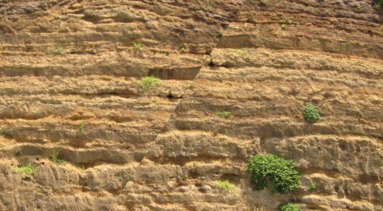 【スロースリップ】史上最長、32年間続いた「ゆっくり地震」…インドネシアM8.5地震の引き金か