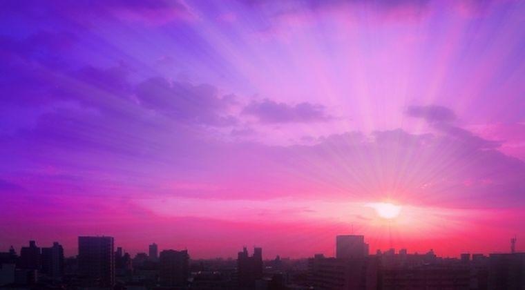 【地震前兆】三重県で深夜、夜空が真っ赤に発光?…ネットでも多数投稿、目撃情報相次ぐが原因不明