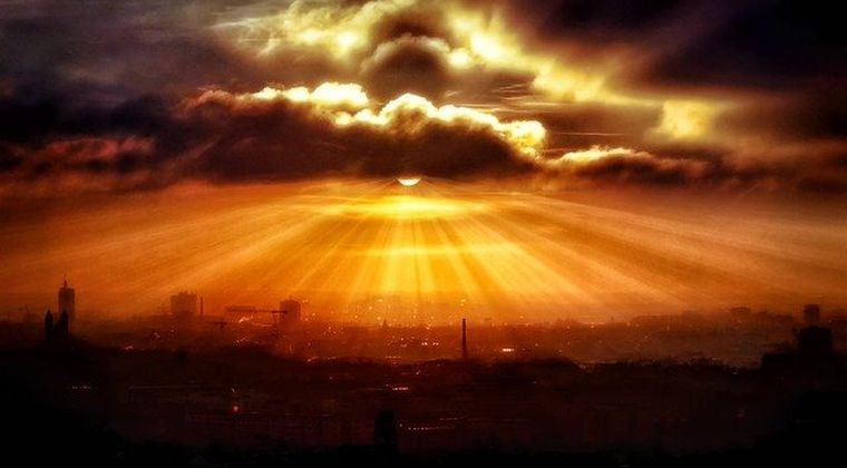 【現代社会崩壊】太陽嵐による磁気で電子機器が全て故障とかいう災害