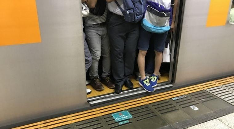 新型コロナに感染した男性「まさか自分が…東京でだと思うがどこで感染したか心当たりない」