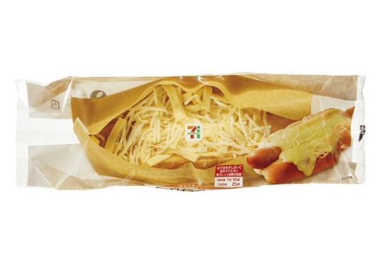 【悲報】セブンイレブンさん、チーズドッグをとんでもない商品名で本日発売wwywwywwywwywwywwywwy