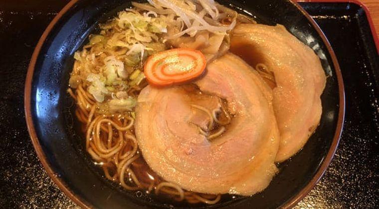 滋賀県・彦根駅でラーメン、ライス食べ放題の「らーめん頑張家」ガチで凄い