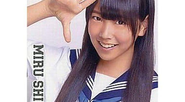NMB48白間美瑠、腋毛が写った自撮り画像に苦しい釈明「ワキ毛じゃなく…」