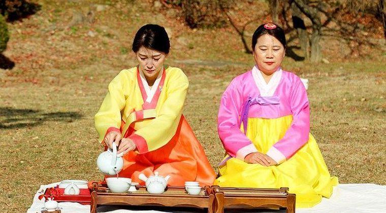 日本人の顔って、韓国人に比べて多様性に富んでるよな