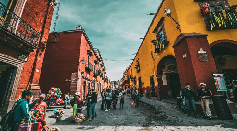 メキシコ政府「麻薬カルテルを崩壊させる為に大麻を合法化するぞ!!」
