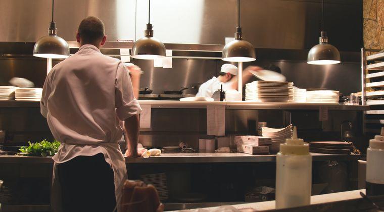 飲食店『時短協力金、足りない』  500万以上受け取っても悲鳴を上げる