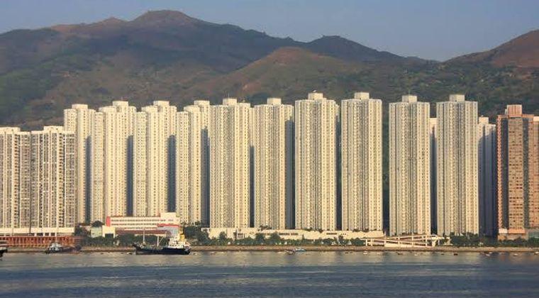 中国「たくさんマンション作ったぞ!経済発展や!」