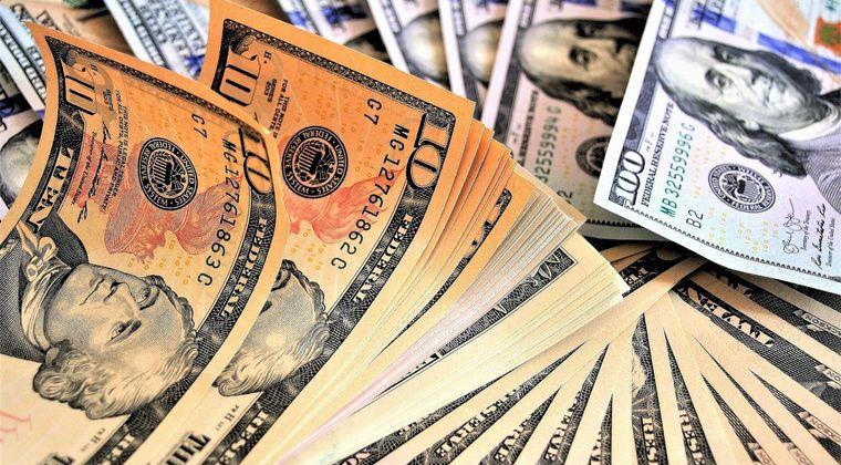 トリクルダウンは存在せず「富裕層を支援しても富裕層がさらに富み、貧困層は豊かにならない」という研究結果