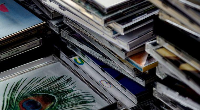 美人声優さん、CDをねじ曲げてしまう #声優