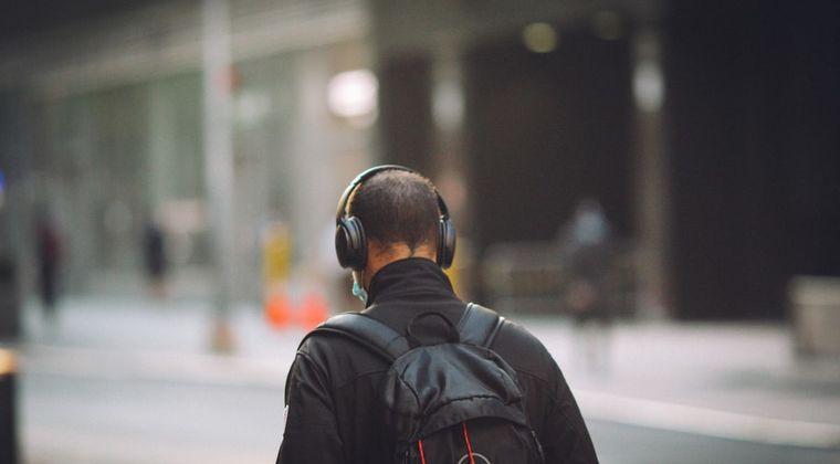 【緊急】ヘッドホンの下に耳栓てできる? #ヘッドホン #耳栓