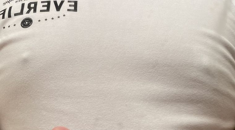 【急募】白シャツで乳首が透けない方法!!! #乳首