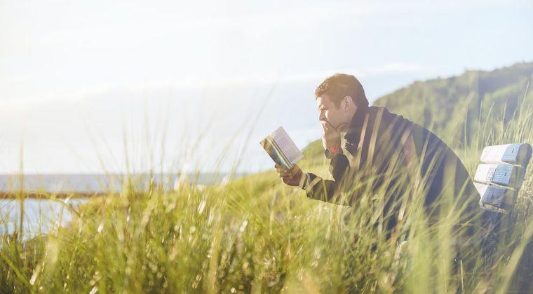 ワイ「創作活動したいからハウトゥー本読むンゴ」 敵「それ読む時間で作品作れよw」