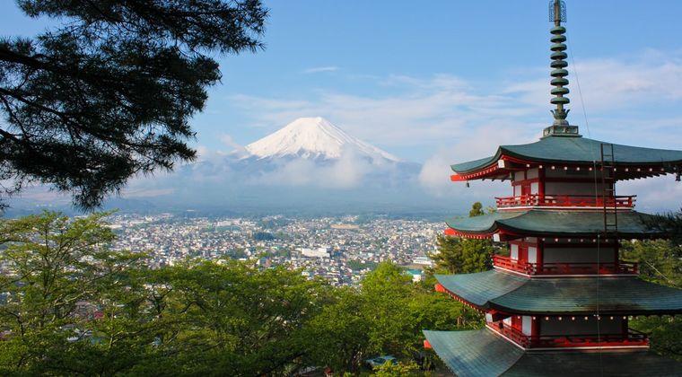 日本産のすごいの「トイレ、AV、風俗、アニメ」 ←これ半分う○こちんこまんこだろ