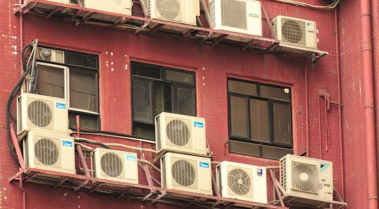 【画像】ワイが新しく引っ越す部屋のエアコン、古すぎる #エアコン