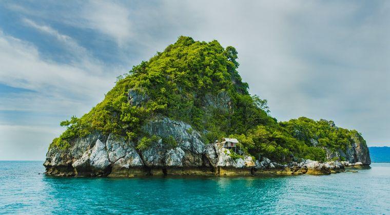 【画像】なんJ民で金出し合って無人島買おうぜ🏝www #無人島