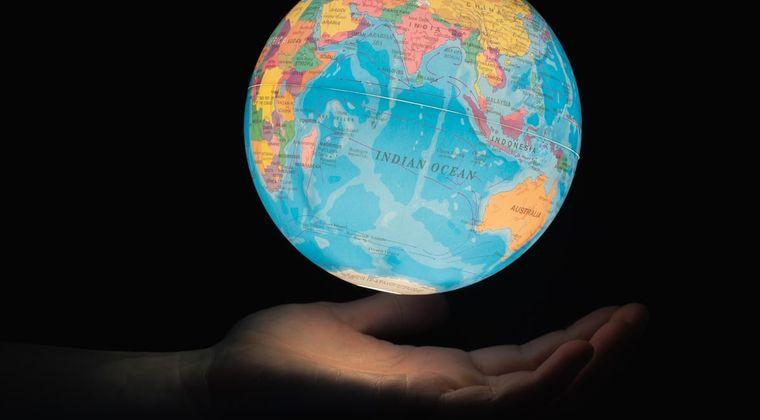 人生とかいう登録者70億人クラスの世界的基本無料アプリwwwww
