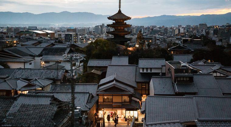 京都人「外でもオナニーできるようにディルド置いときます」