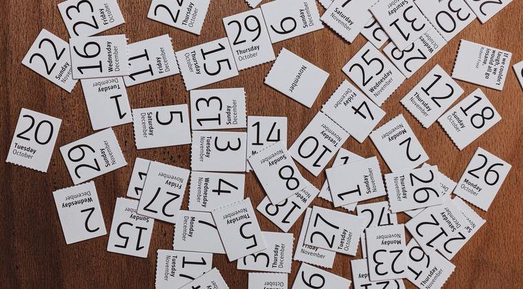 面接官「1から100までの中から一つ自然数を書いてください。1番大きいのを書いた人を合格とします」