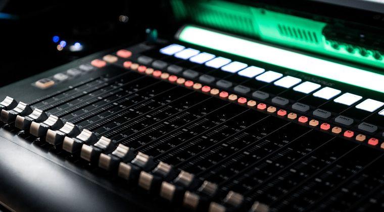 声優のDTM向けワンショット&フレーズ声素材集ってなんで出ないのかなね? #声優 #DTM