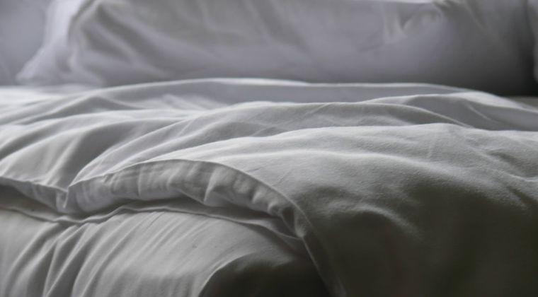 エロなしで添い寝してくれる人っているの? #添い寝