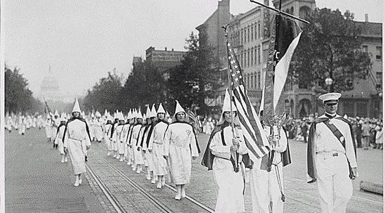 【秘密結社】実は普通の組織「フリーメイソン」「KKK」→「」