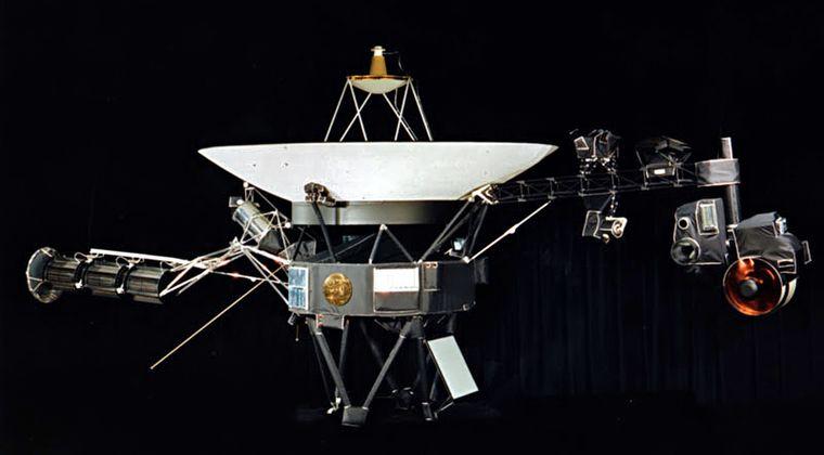 【宇宙】ボイジャー1号、太陽系外で「持続的な低音」を検出