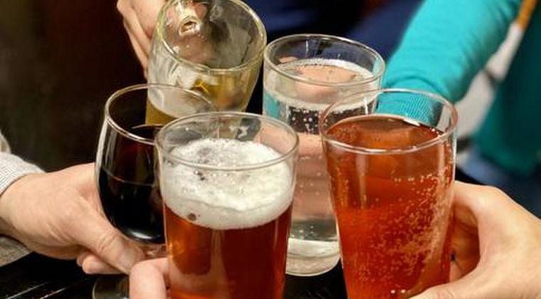 【陽キャ】結局、コロナ感染者のほとんどは「飲み会やカラオケしてる奴」という事実