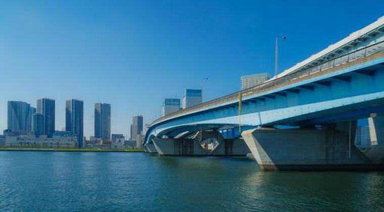【東京湾】今度は東京の臨海部で「異臭騒ぎ」が発生!通報が相次ぎ、消防車20台出動