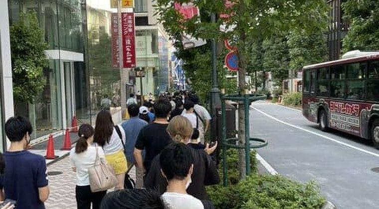 【炎上】渋谷「若者ワクチン接種センター」(先着200名)徹夜組だけで満員