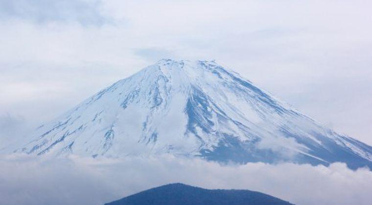 【スピリチュアル】日本が東京オリンピックを開催するにはこの方法しかない!霊能者「総理大臣が富士山に登頂すること」