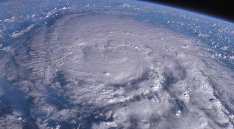 【大雨強風】迫る台風シーズン「巨大台風」に警戒…今年は海面水温が高いため、さらに警戒が必要