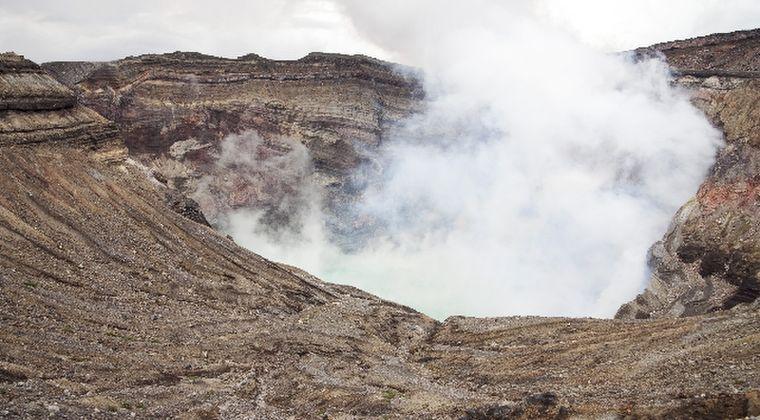 阿蘇山で「20年ぶりに震度1」火山性微動の地震が発生