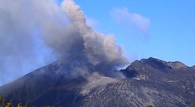 【鹿児島】2018年の桜島噴火回数「246回」前年2017年の「3倍」に…大規模噴火すれば火山灰が市街地に「1メートル近く」積もり約20万人に影響か