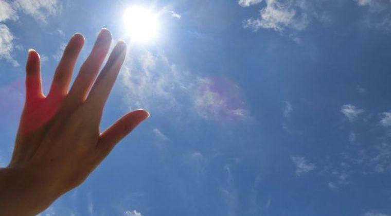 【酷暑】30年前の夏はクーラーなくても過ごせたよな?今日は気温「41℃」近くになるかもしれないらしい