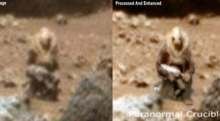 【火星】銃のような物を持ち戦闘服を身につけ、こちらを見ている「火星人兵士」が発見される!
